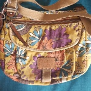 Very Cool Fossil Cross Body Canvas Bag